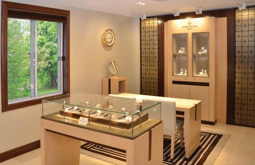 Wixon-Patek-Philippe-Boutique-2014